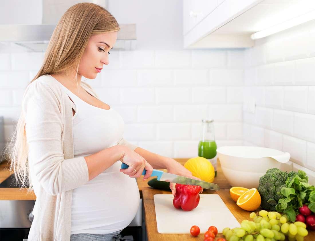 Питание беременных (Feeding pregnant)